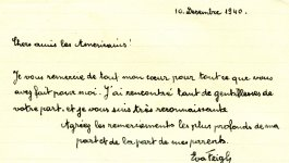 A handwritten note in French.