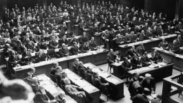 An assembly of a large group of people for a meeting of the League of Nations.