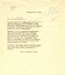 A typewritten letter from Eleanor Roosevelt to the president of the Daughters of the American Revolution.